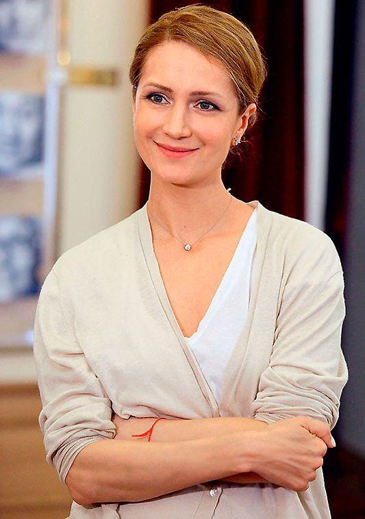 Милая улыбка Виктории Исаковой